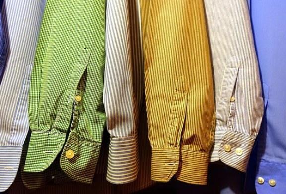 האם משתלם לבצע קניות בגדים אונליין?